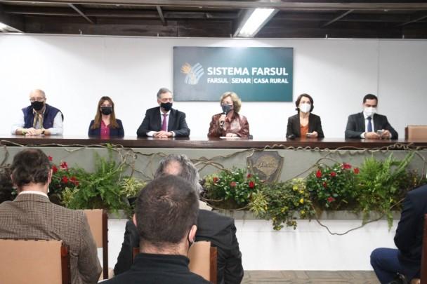 Reunião na casa da Farsul, na Expointer, sobre acordo de cooperação entre Brasil e Uruguai